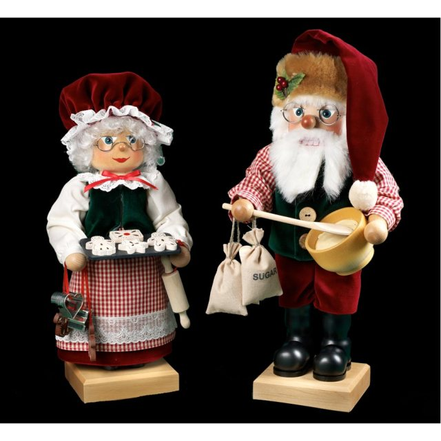 mr. mrs. claus nutcrackers germany scully and scully