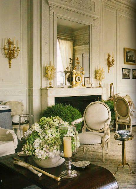 gold-sconce-white-living-room-decor